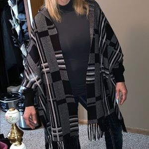 Sweaters - Woman's poncho